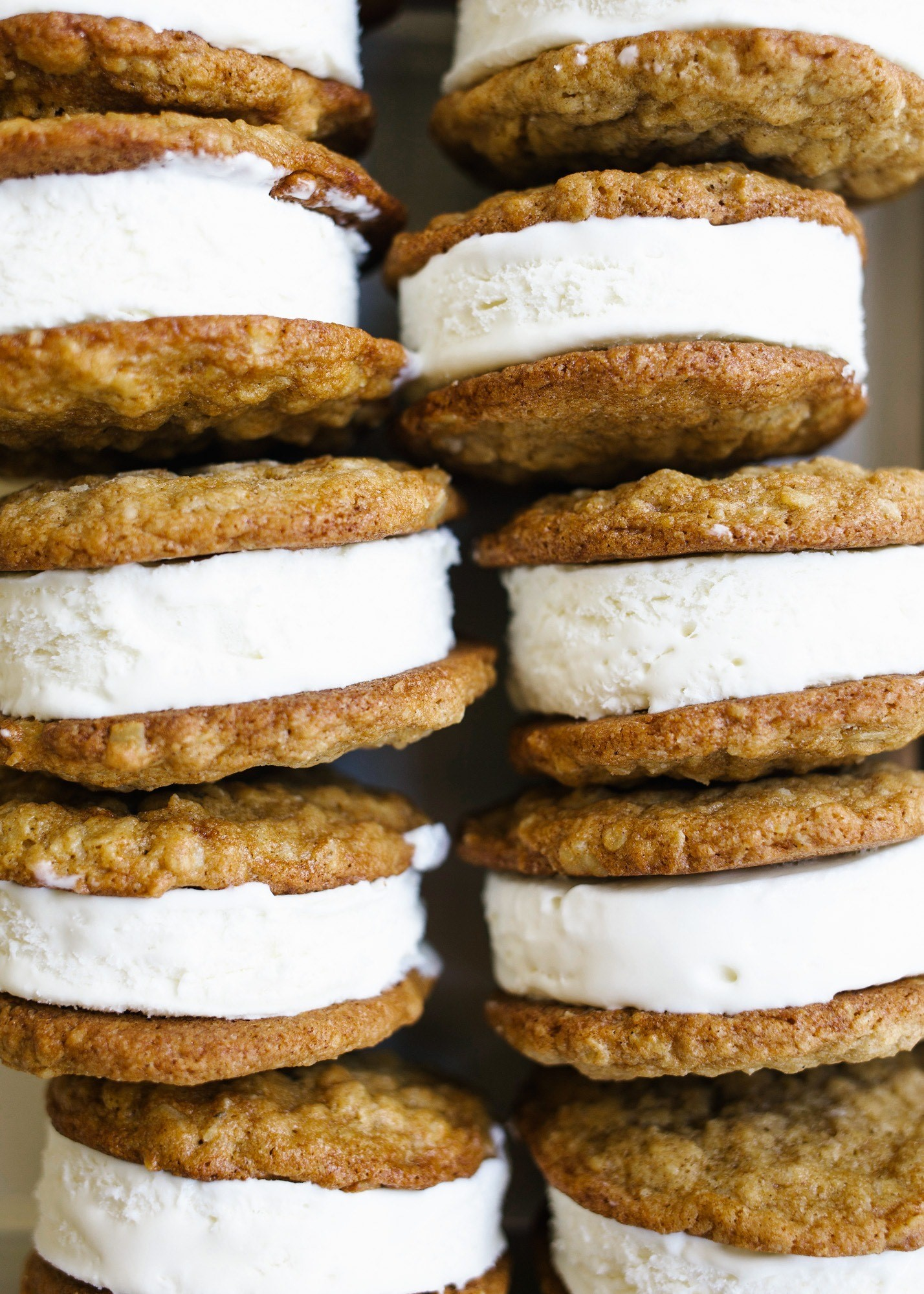Homemade oatmeal cream pie cookies are a delicious treat. This recipe makes twenty mouth watering cookies.